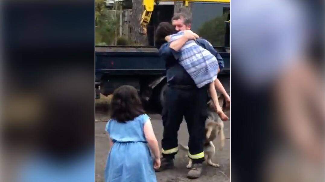 Gasił pożary w Australii. W domu czekało na niego wzruszające powitanie