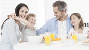 Jedz owsiankę z orzechami. Będziesz uśmiechnięty i zdrowy