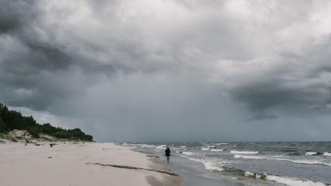 Prognoza pogody na dziś: w wielu regionach deszczowo, możliwe burze